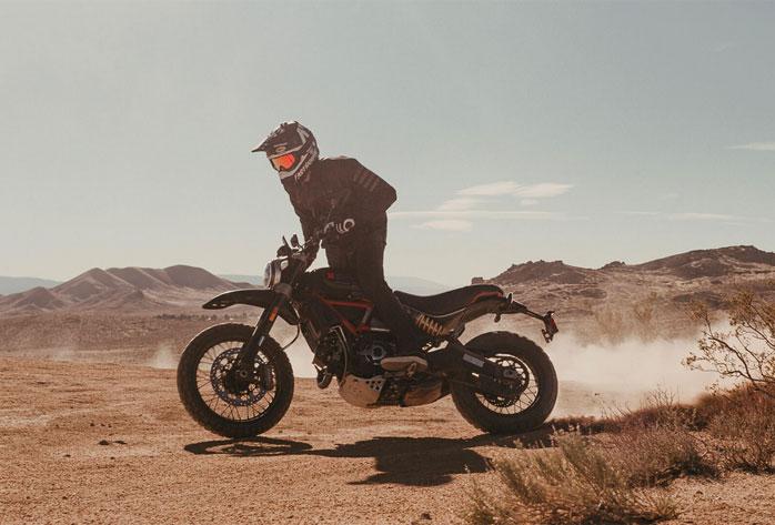 scrambler-desert-fasthouse